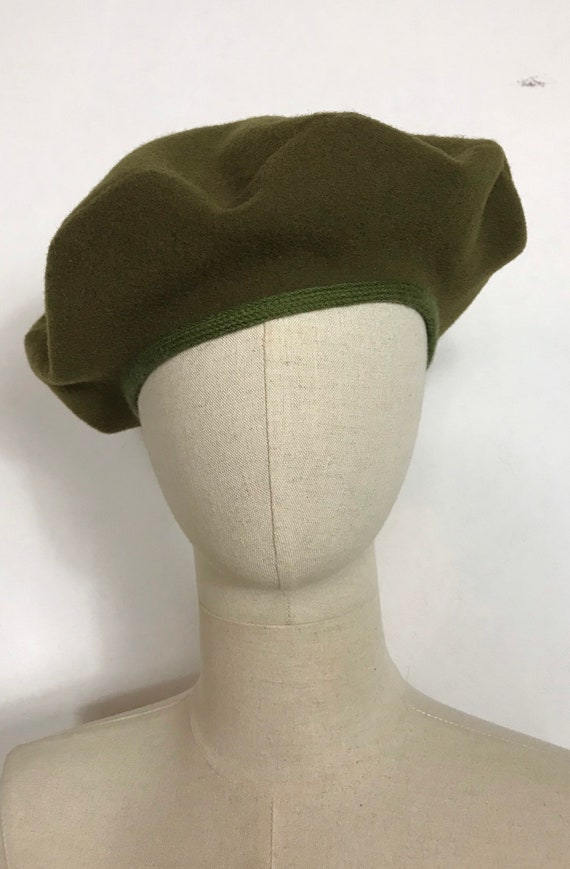 1990's wool beret, Vintage beret, Military green b