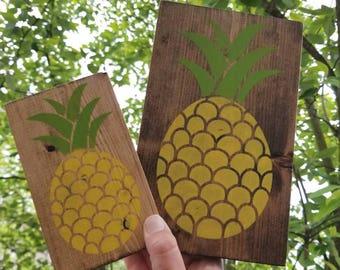 Pineapple Decor, Pineapple Sign, Summer Sign, Summer Decor