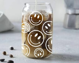 Smiley face drinking glass. Coffee cup. Retro tumbler. Iced latte. Beer can glass. Boho coffee mug. Fall decor. 90s style.