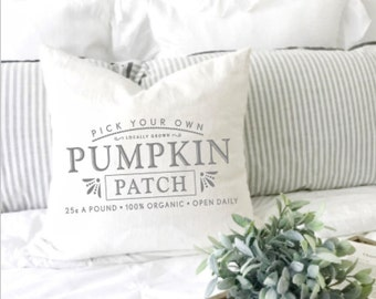 Pumpkin patch pillow cover. Throw cushion. Decorative pillow. Farmhouse pillow. Fall pillow. Autumn decor pillow. French provincial cushion