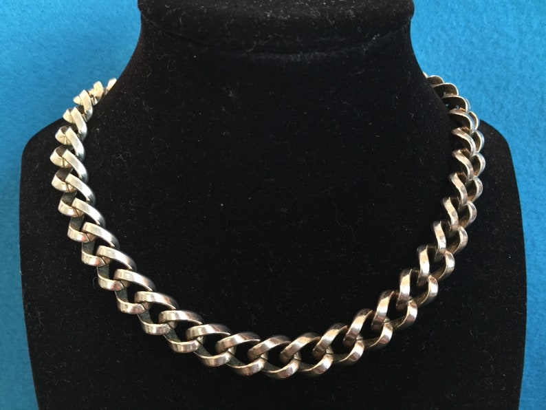 Coro Pegasus Signed CHOKER NECKLACE Warm Gold Tone Huge Chunky Curb Link 15 Long by .5 Wide Also Marked Design Patent Pending