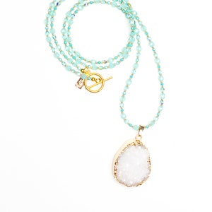 White Pink Beaded Necklace White Geode Pendant Blue
