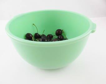 A Mixer Bowl - Bowl For Stand-up Mixer - Vintage Jadeite No. 35 McKee Bowl - For Sunbeam Mixer - Bead Rim - Tab Handles - 1940's Kitchen