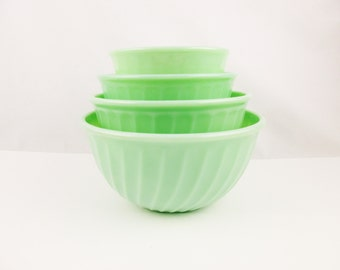 """Fire-King Jadeite Green 'Nesting' Mixing Bowls -  'Swirl' Pattern Bowls - From Large 9"""" Down to 6"""" Bowls"""