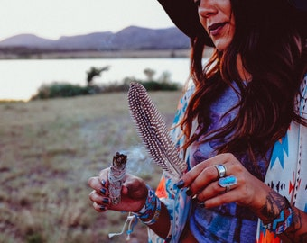 White Sage Smudge Kit - Abalone Shell - Smudge Feather - White Sage - Cleanse Your Space - Banish Unwanted Energies