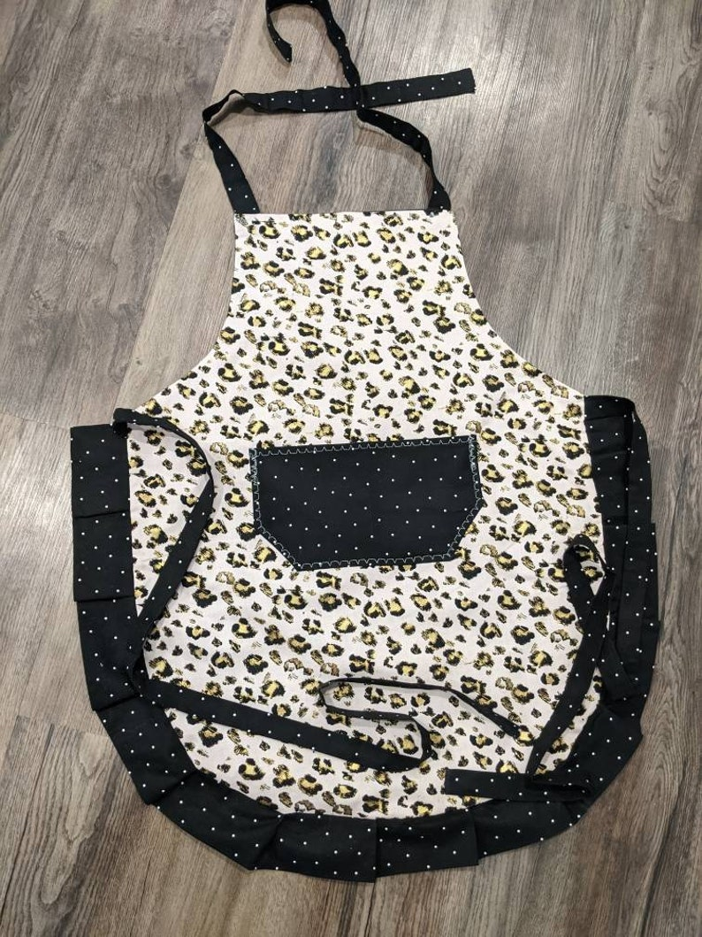 ties and frills. Adult apron Black with white polka dots on pocket Women/'s apron Gold cheetah print with light pink on main
