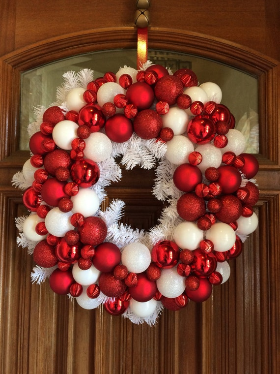 Red And White Christmas Ornament Wreath White Garlad Etsy