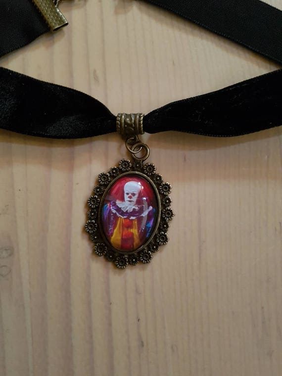 collier ras du coup a le clown necklace stephen king it etsy. Black Bedroom Furniture Sets. Home Design Ideas