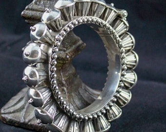 Sterling Silver Drum Gokhru Bangle