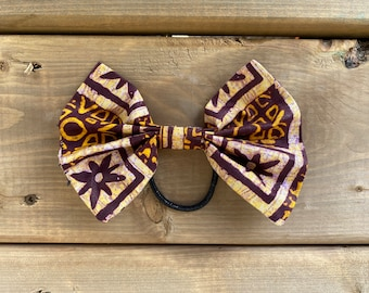 Be The Love Ponytail Bow