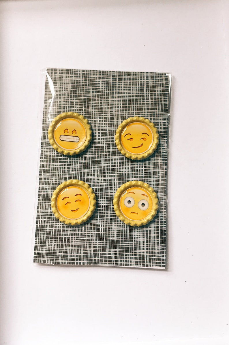 Emoji Magnet Set Decorative Magnets Emoji Gift Kitchen Magnets Locker Fridge Magnets Round Magnets Meme Magnets