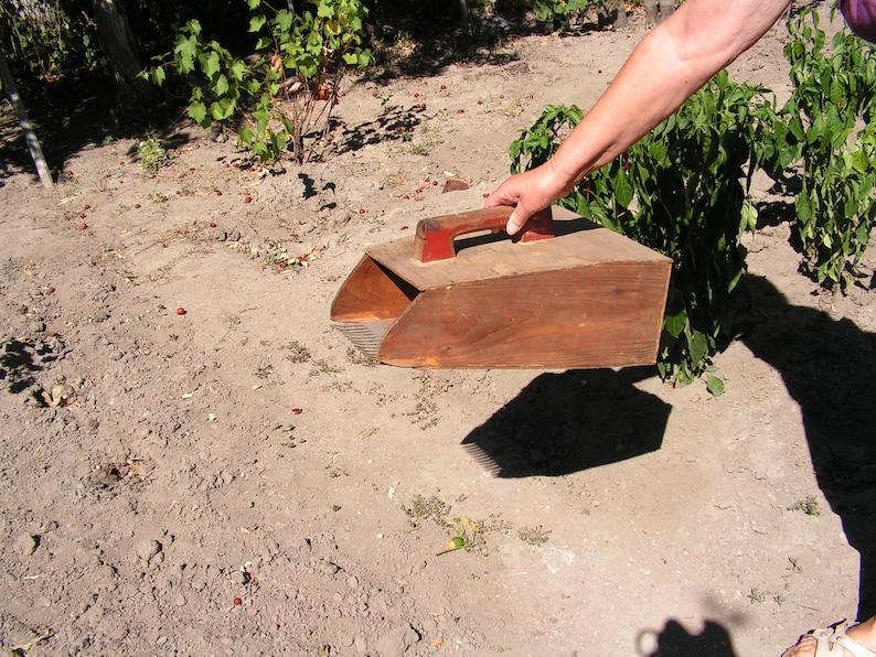 Antique Garden wooden tool Primitive picker Collect herbs Berry herbs scoop Large berry picker Big picker of herbs Wooden picker