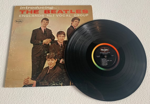 Introducing The Beatles vinyl record version 1 original mono pressing column back with P.S. I Love You and Love Me Do VeeJay records 5702-x
