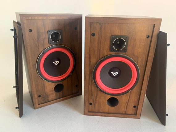 Cerwin-Vega D-2 1986 Walnut two-way vintage stereo speakers with fresh Refoam