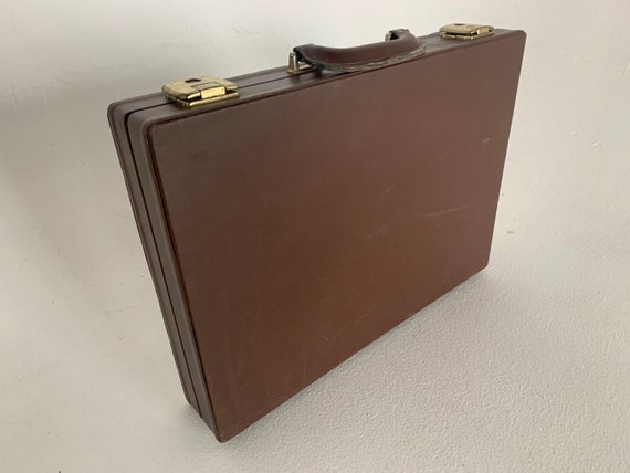 Vintage cassette carry briefcase faux leather brown holds 60 cassettes FREE shipping