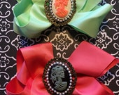 Vintage Inspired, Dia de los Muertos Cameo Resin Skull Girls Large Hair bow