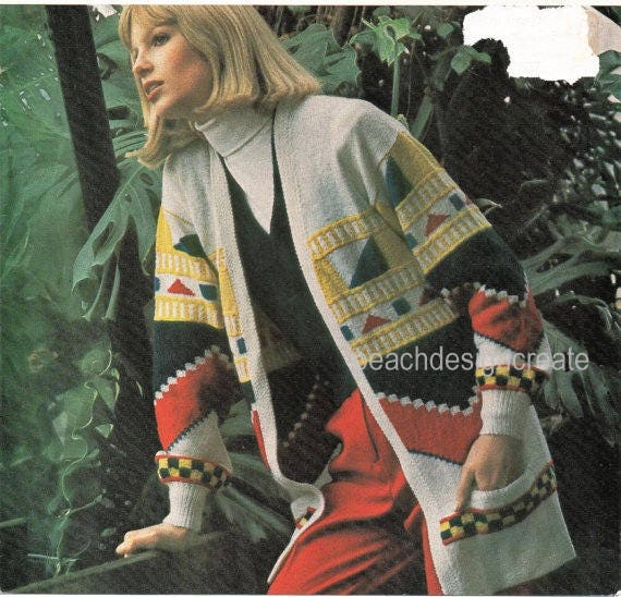 Vintage Knitting Pattern Womens Boho Hippie Fashion