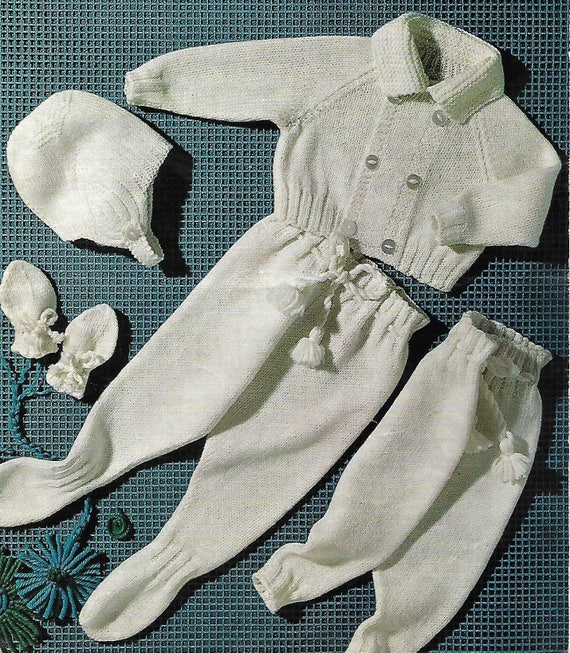 Knitting Pattern Baby/'s Cute Cable DK Romper Suit 3-12 Months 13
