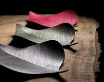 Luomus Koivu Serving plate, a birch leaf inspired design plate or a serving tray