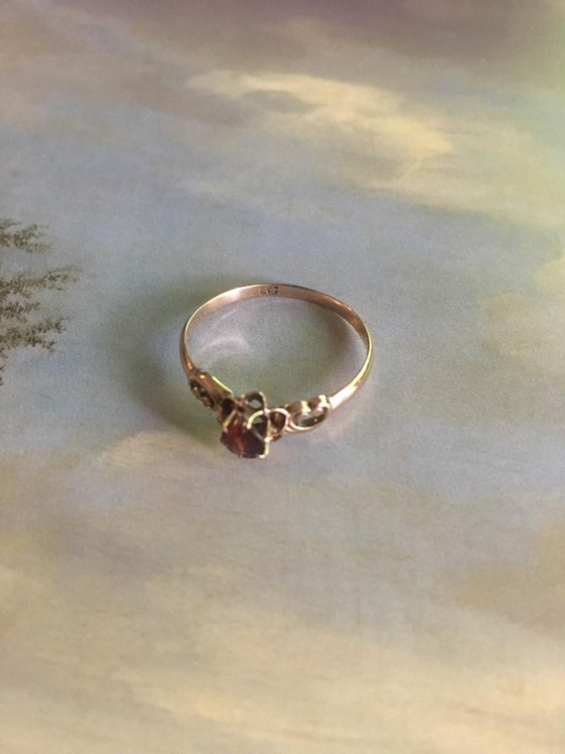 Antique Allsopp Brothers Garnet Ring 10K Buttercup Setting Ring