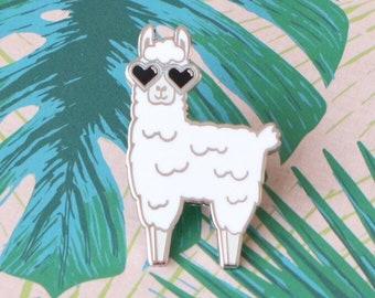 Llama gift / Llama pin / Alpaca pin / Llama enamel pin / Llama pin / Llama badge / Alpaca pin / Llama pin badge / Llama lover gift