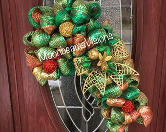 Candy Cane Door Wreath, mesh candy cane wreath, front door wreath, Christmas wreath, Christmas decor, candy cane decor, outdoor wreath