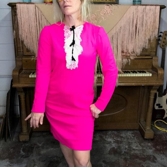 Vintage 1960s 60s | Hot Pink Mod GoGo Ruffle Neck