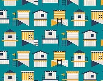 FIGO - Sunkissed (90125-63) - White Boathouse on Green - Holiday/Seasonal