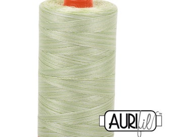 50 Wt AURIFIL Spring Green 3320 Variegated Mako Made in Italy 1300m Quilt Cotton Quilting Thread (MK50SC6)