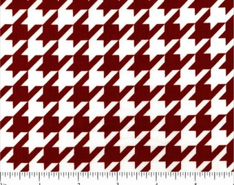 CLEARANCE - Riley Blake - Houndstooth - C970-85 Crimson
