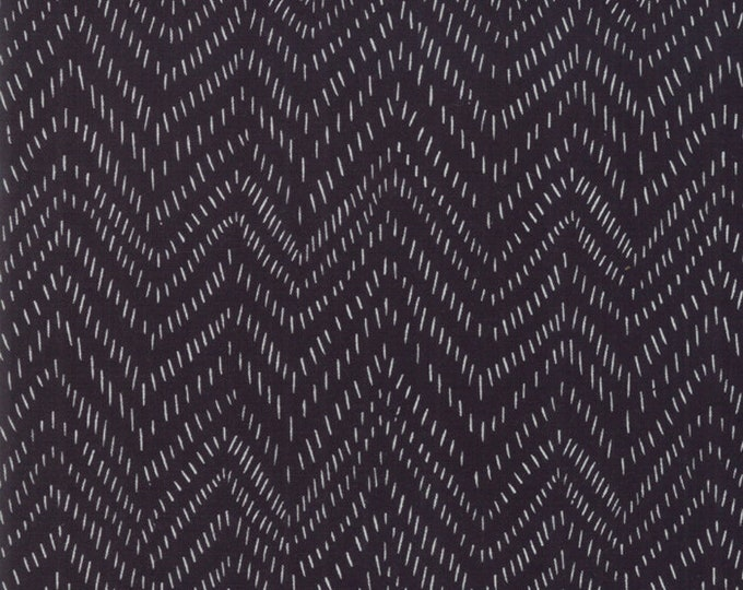 Home Run Fabric Binding - Bramble by Gingiber for Moda - Black Hatched Chevron - 48286-12