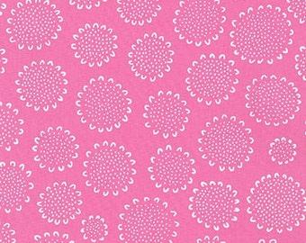 Robert Kaufman - Blueberry Park by Karen Lewis - Candy Pink Sunflower (15749) - Blender