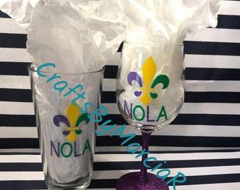 Mardi Gras Pint Glass & Wine Glass Set, Mardi Gras Wine Glass, Mardi Gras Pint Glass, NOLA Pint Glass, NOLA Wine Glass, Fat Tuesday Glasses