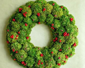 Natural Christmas wreath, Moss wreath, Holiday wreath, Christmas table decor, Christmas centerpiece Advent wreath Berry wreath Winter wreath