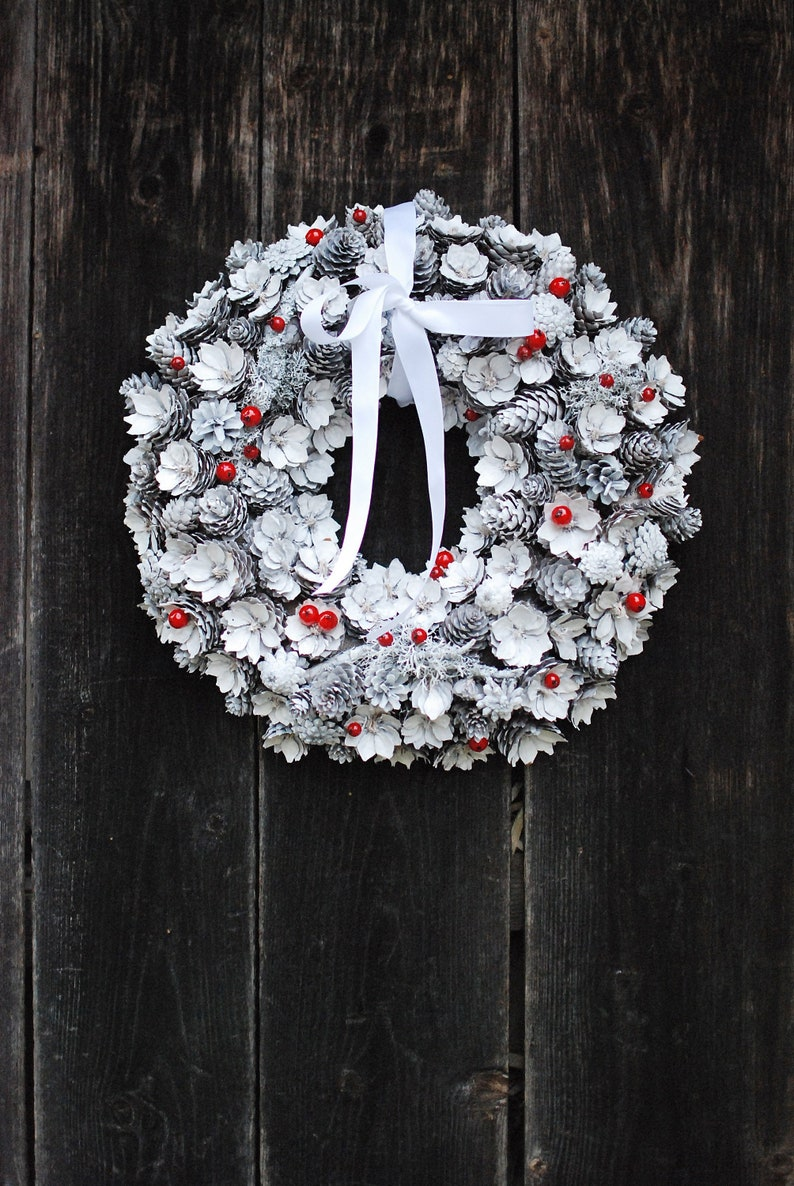 Christmas wreath for front door, White Winter Wonderland