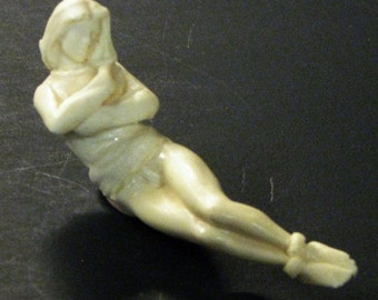 1:25 G scale model female ambulance patient in straightjacket bondage