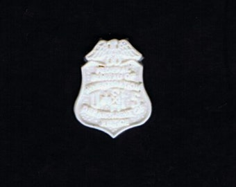 1:6 scale model resin FBI badge
