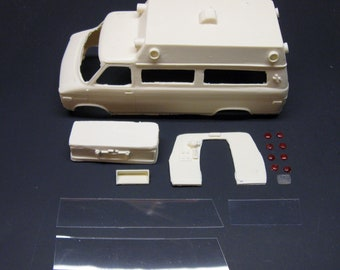1:24 scale model resin Chevrolet ambulance conversion kit