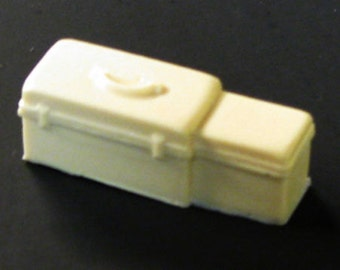 1:25 scale model funeral infant baby transport case
