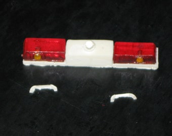 1:25 scale model California Twinsonic lightbar fire ambulance
