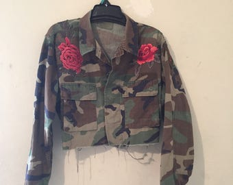 Vintage Camo Cropped jacket w/ Rose Flower Patches