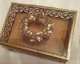 Vintage Gold Filigree Jewelry Box with Wreath detail