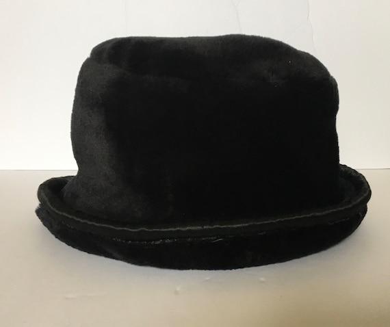Bucket Hat - Black Fleece, Roll up Satin Rim, Faux