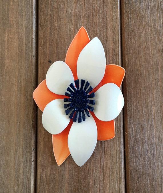 Flower Power Brooch