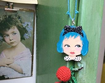 Necklace Dolls Head Blue hair, Zoownatas