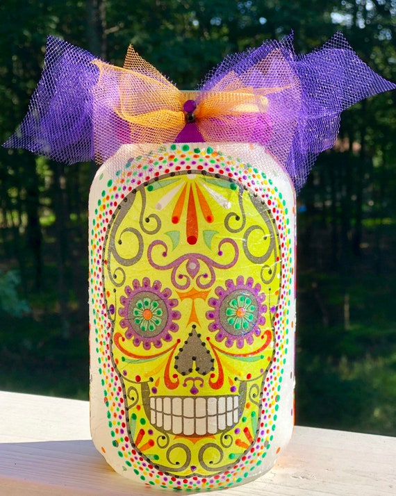 Dotted lighted sugar skull jar, lighted jars, lighted bottles, sugar skull jar, sugar skull decor, Halloween decor, dia de los muertos