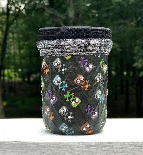 Skull lighted jar, lighted jars, lighted bottles, Halloween decor, Halloween lighted jars