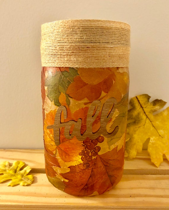 Simple fall lighted jar, lighted jars, lighted bottles, fall leaves jar, jar lights, fall decor