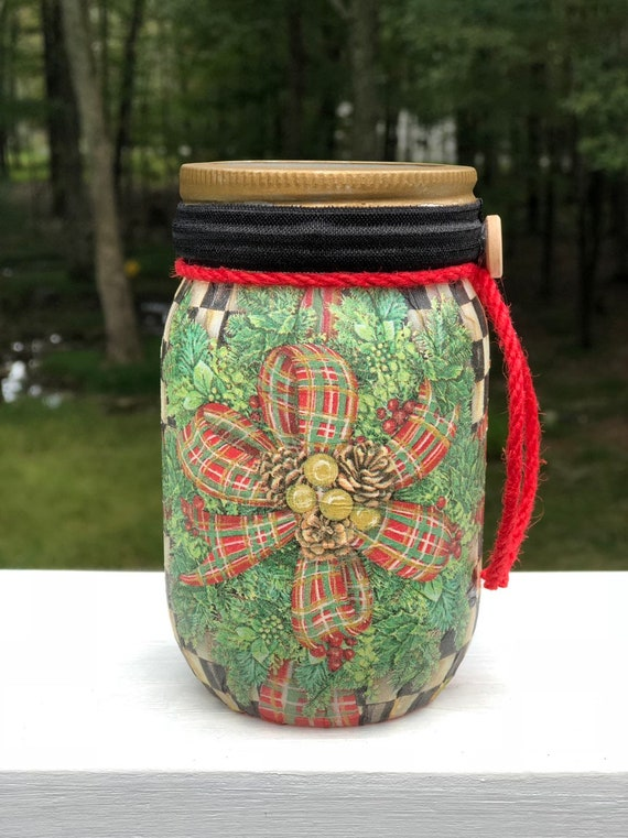 Christmas wreath jar, lighted jars, lighted bottles, Christmas jars, Christmas decor, lighted Christmas jars