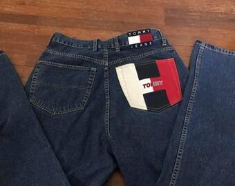 Vintage pantalon Tommy Jeans des années 90 de port Denim Tommy Hilfiger  Jeans pantalon Jeans rétro gros LOGO PATCH 70ce17cc6571